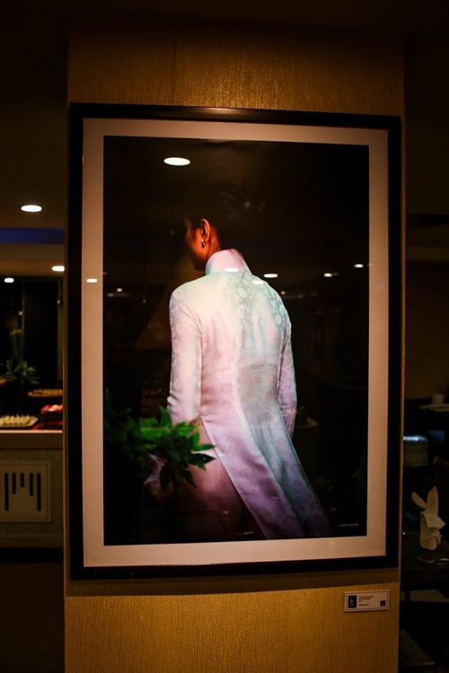 Photographic images of women displayed in City