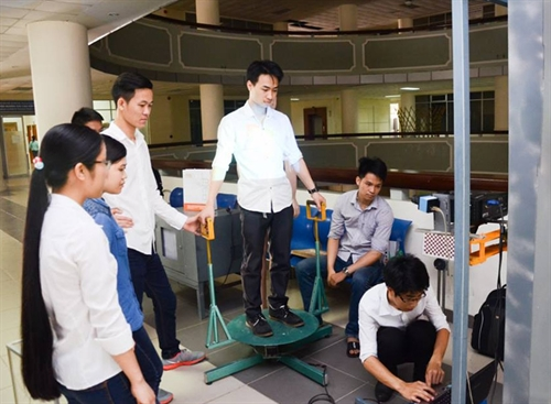 Technology students create a big 3D scanner