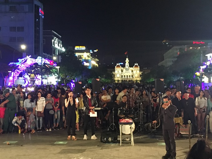 Street artists compete for prizes adulation in HCM City