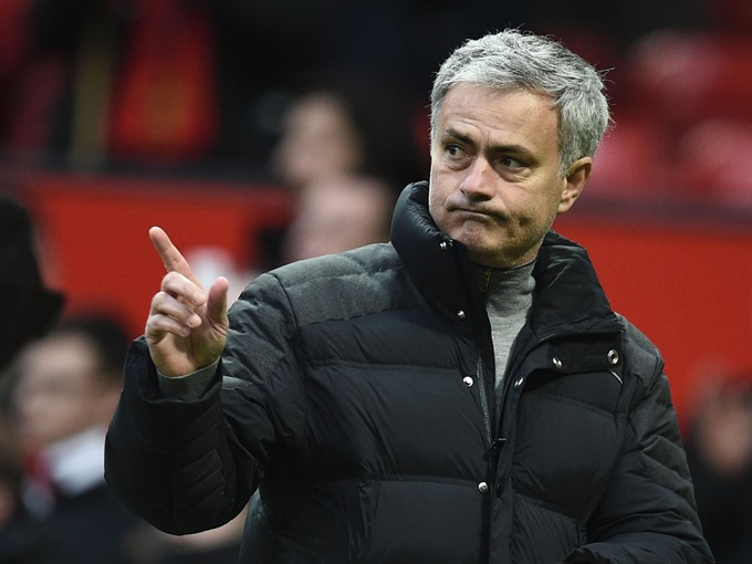 Mourinho tells fans and players to step up