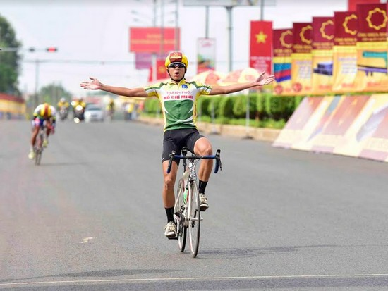 Kỳ wins 4th stage of Bến Tre Television event