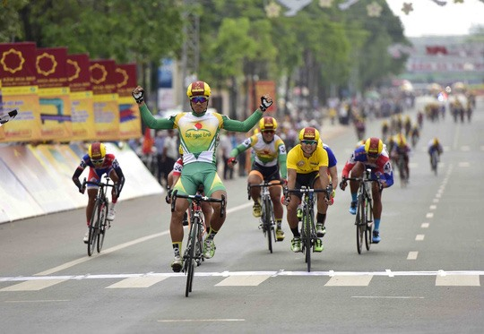Tâm wins stage Minh retains lead in the cycling event