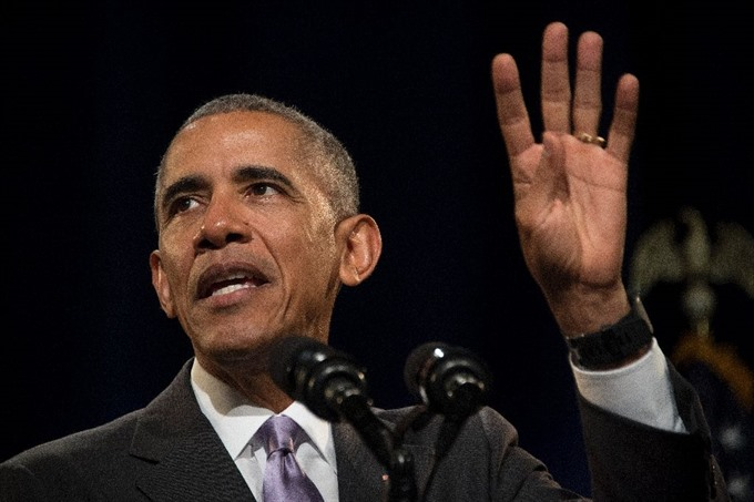 Obama ends decades-old policy for Cuban migrants