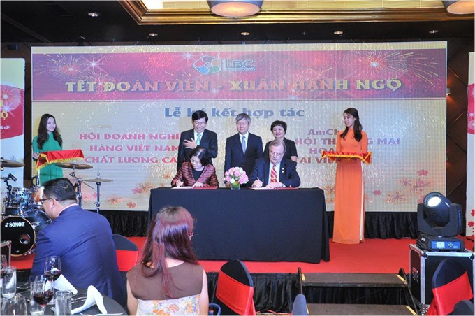 VN USA team up for food safety