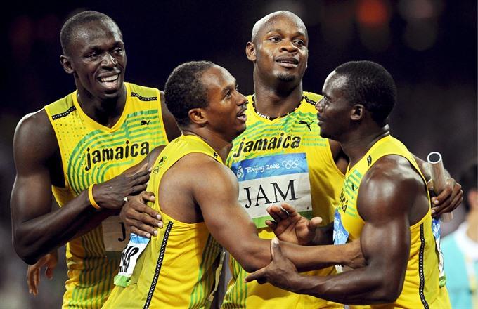 Bolt loses gold after teammate fails drug test