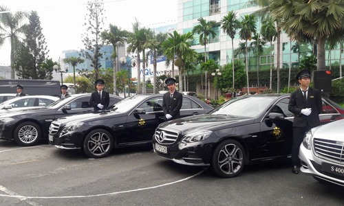 Car rental prices to double during Tết holiday