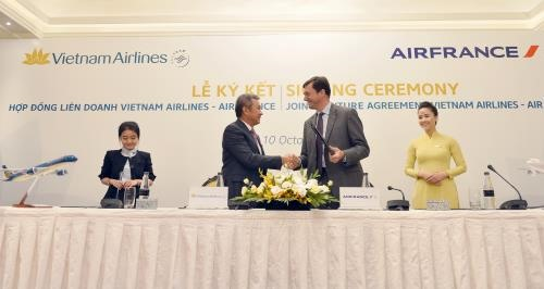 Vietnam Airlines Air France sign joint venture