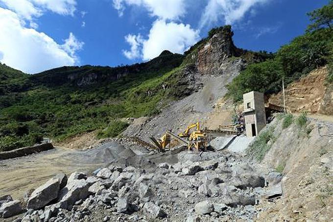 Company violates mining regulations in Điện Biên Province