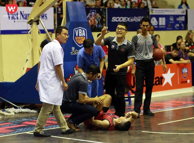 Quốc out for VBA season with injury