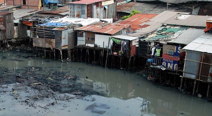 Moving slum dwellers is good or is it?