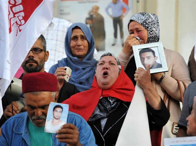 Death toll from Tunisia migrant boat tragedy climbs to 34