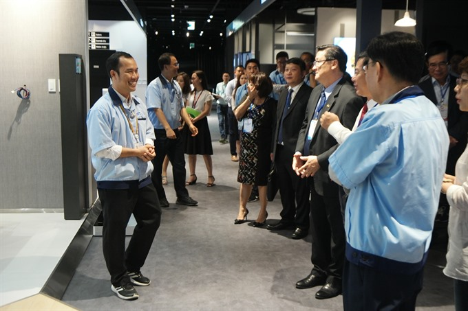 Samsung aims to increase VN vendors to 50 by 2020