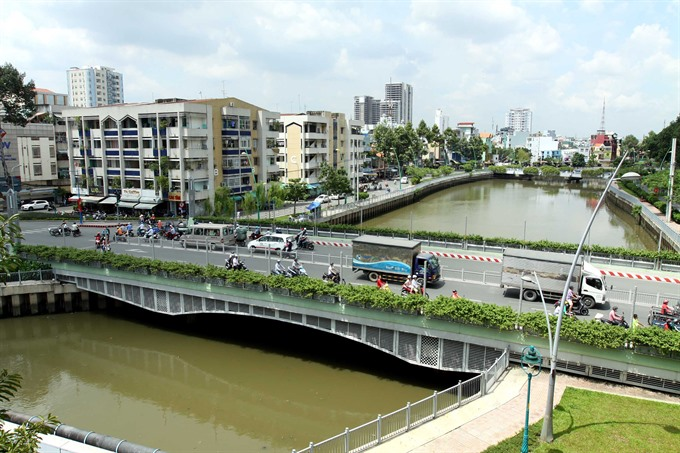 Planner suggests twin city model for HCM City