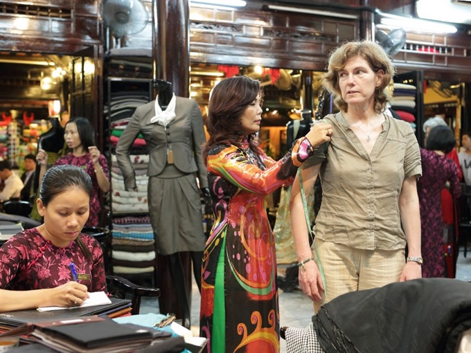 Tailors boost Hội Ans reputation