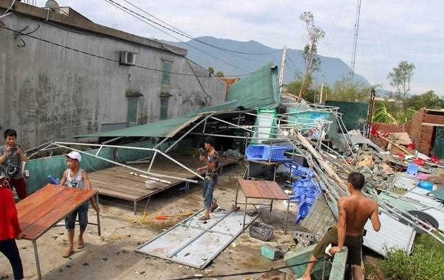 Hà Tĩnh gets storm relief