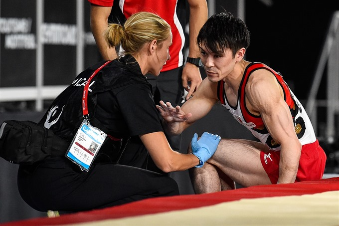 Upset as injured Uchimuras reign ends at Worlds