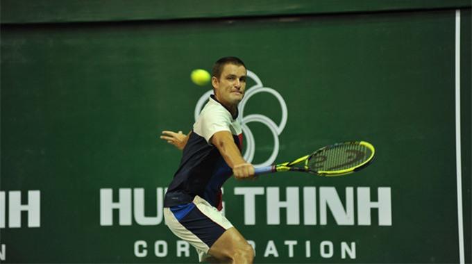 Youzhny wins Challenger Vietnam Open