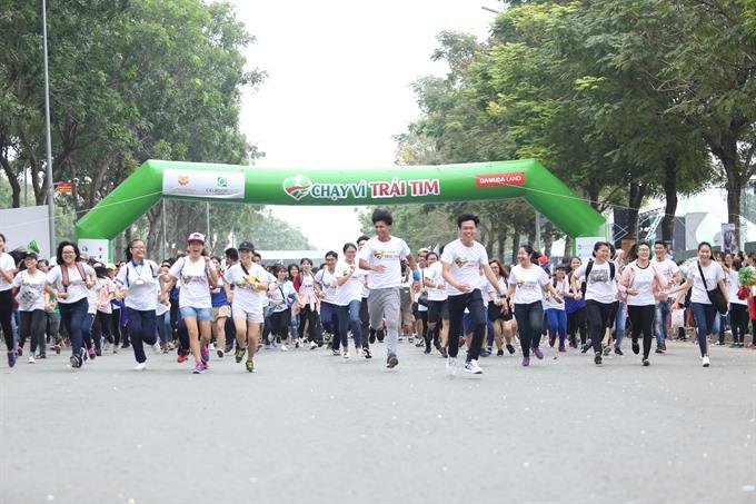 City charity run raises 178k for kids heart surgery