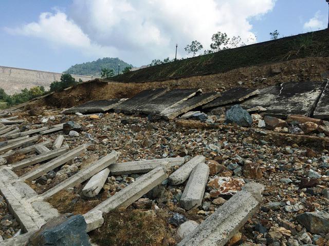 Cửa Đạt reservoir threatened by erosion