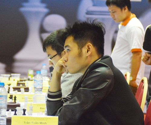 Minh still in leading position at U20 event