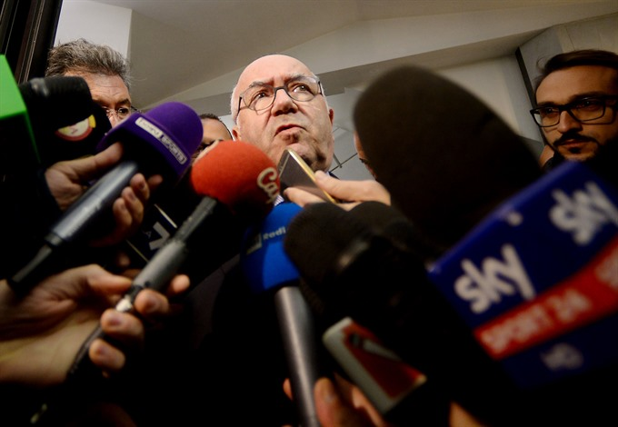 Italy sack Ventura target Ancelotti