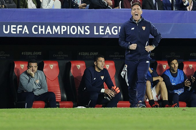 Berizzo to continue at Sevilla despite cancer shock