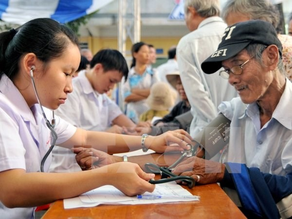 Old workers wont steal jobs: experts