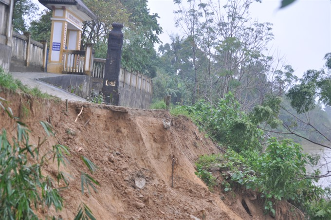 Residents fear losing homes to rampant erosion