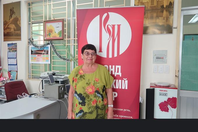 Native Russian teacher has shared culture since 1980s