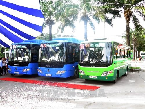 100 high-quality buses trialled on 3 routes in City