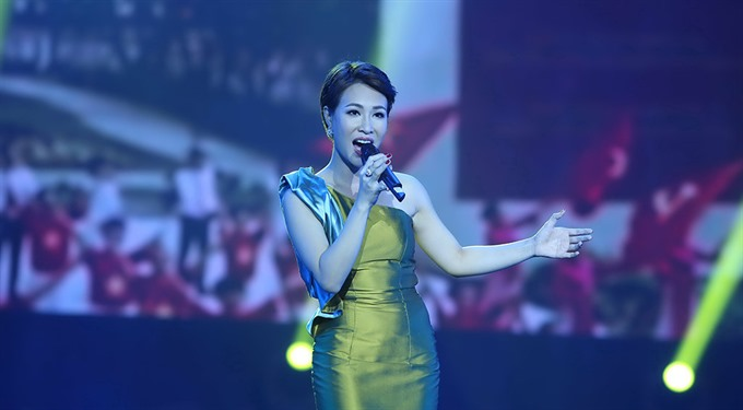 Vietnamese singers to sing in the youth show