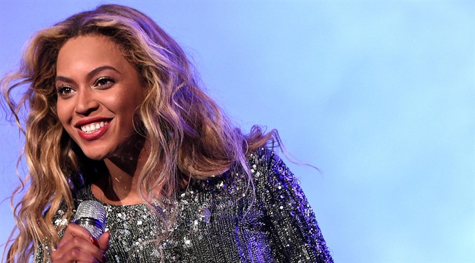After near decade Beyonce back on top of US song chart