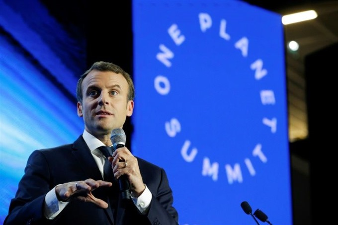 Leaders join Frances Macron to discuss climate cash crunch