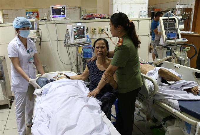 Medical malpractice victims sue Hòa Bình General Hospital