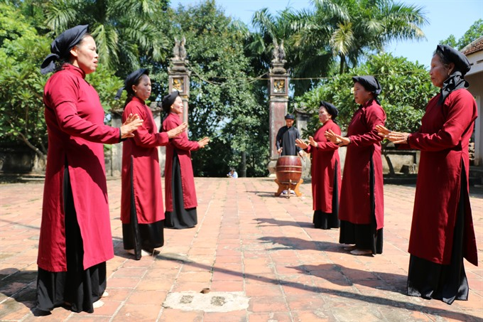 Xoan singing upgraded by UNESCO