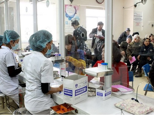Create individual medical records system for Hanoians: Deputy PM Đam