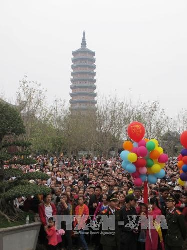 Spring Festival in Việt Nams largest pagoda