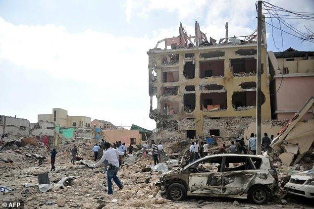 Mogadishu blast kills 20 Shabaab ups attack threat