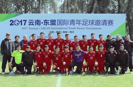 Việt Nam U19s beat Thailand