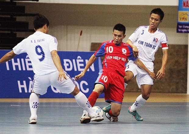 National futsal event to see two recruits