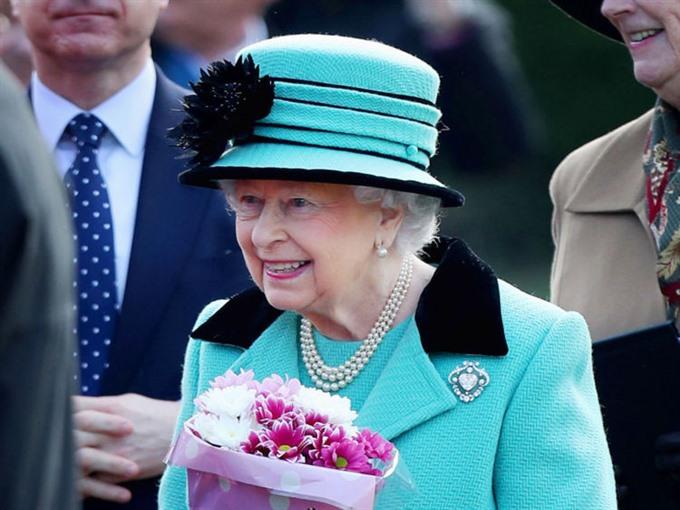 Queen Elizabeth II marks sapphire jubilee
