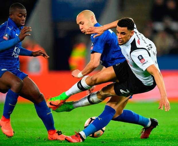 Ranieri hopes Cup success revives Leicester