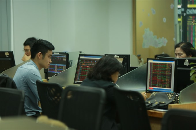 VN shares buoyed by Fed hike