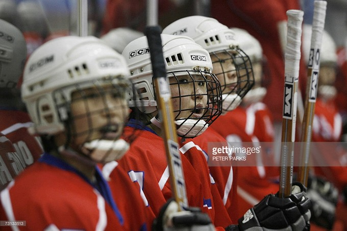 Seoul approves N.Korea womens hockey visit