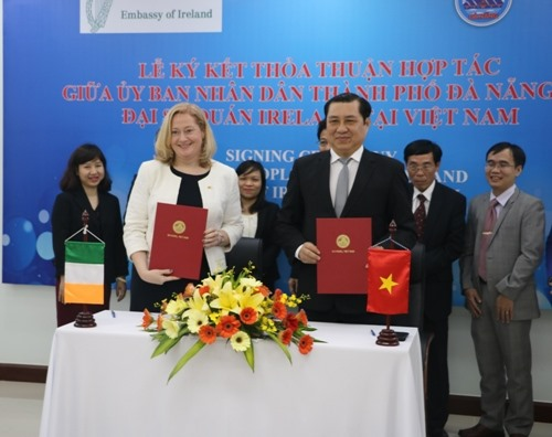 Ireland and Đà Nẵng to co-operate in education humanitarian programmes