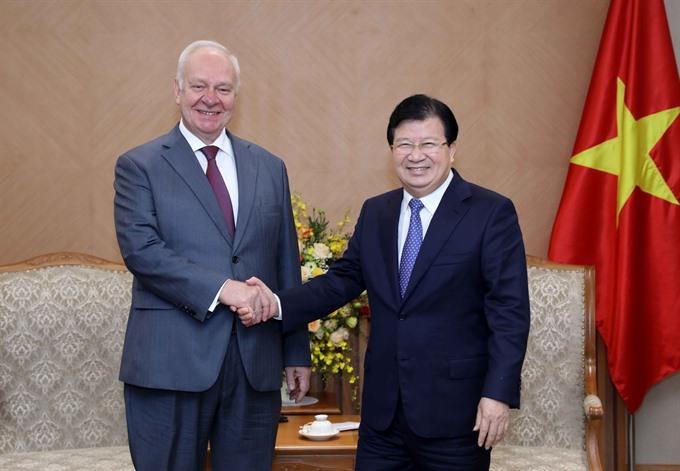 Deputy PM receives Russian Irish ambassadors
