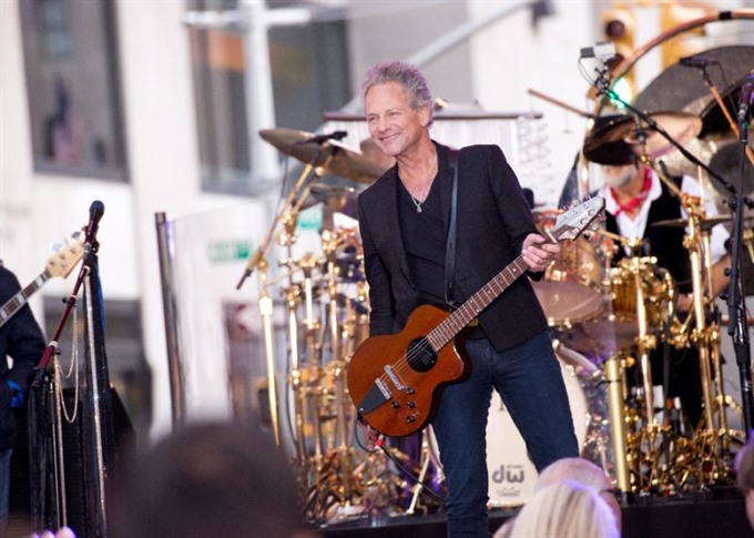 Fleetwood Mac members announce new album