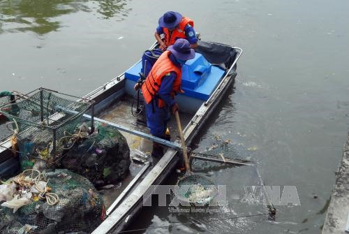 Canals water pumped out to save fish