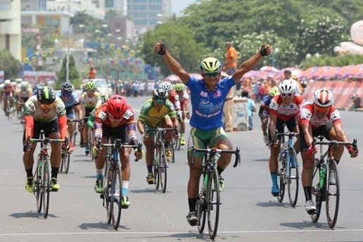 Minh wins 14th stage of City cycling event