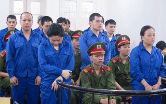 Eight people receive death sentence for drug trafficking
